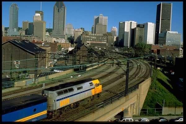 VIA Rail 32